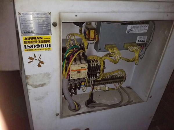 电冰箱漏电故障的原因是什么