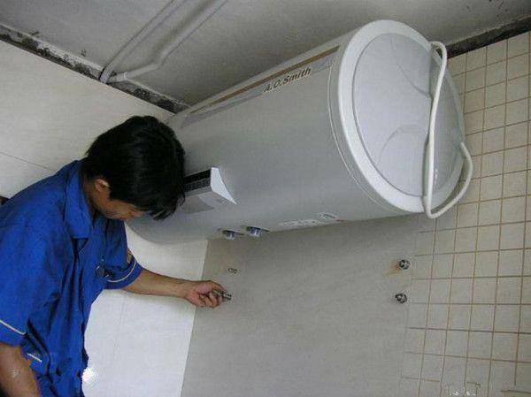 赛德隆热水器漏水怎么办 赛德隆热水器漏水原因