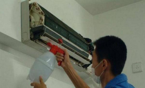 空调有异味是什么原因 空调有异味解决方法
