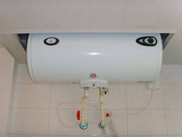 电热水器有塑料味怎么回事  电热水器有塑料味解决办法