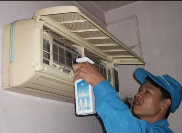 海尔空调维修电话多少  维修海尔空调需要注意什么