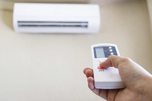 日立空调遥控器没反应了怎么办 日立空调遥控器没反应怎么解决