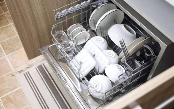 海尔洗碗机排水管故障怎么办  海尔洗碗机排水管故障解决方法