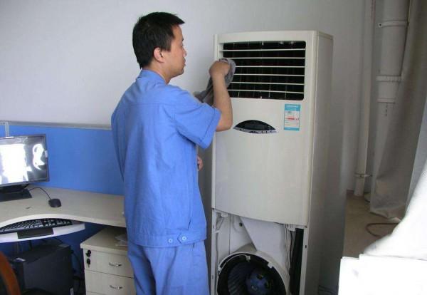 空调有异味的话应该怎么处理   空调异味的原因