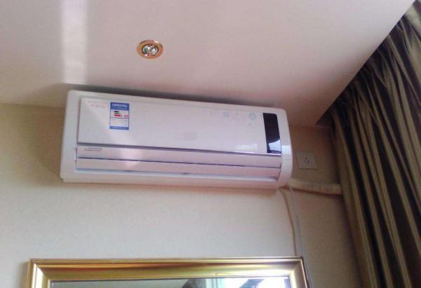 挂壁空调漏风的原因 挂壁空调漏风解决办法