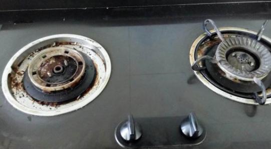 华帝燃气灶自动熄火怎么办 燃气灶打火不出气怎么办