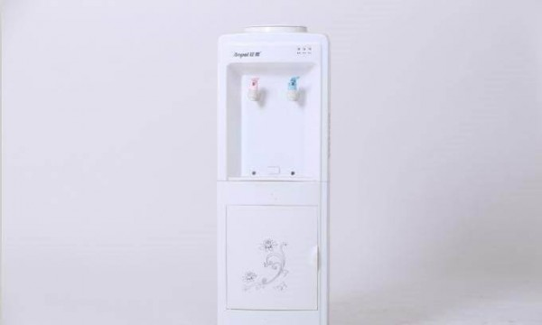 饮水机怎么清洗 饮水机清洗方法介绍