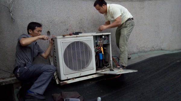 柜式空调漏水