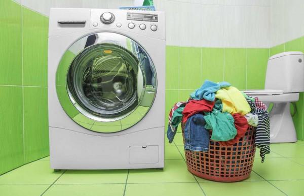 全自动洗衣机脱水撞桶的原因  全自动洗衣机脱水撞桶解决方法